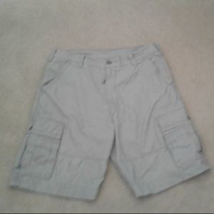 Levi's Men's Khaki Cargo Shorts, Pre-owned, SZ 33